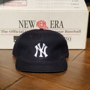 1990s New York Yankees Snapback Hat